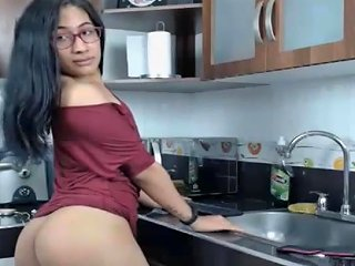 Nerdy Shemale Flashing Big Cock And Ass Txxx Com